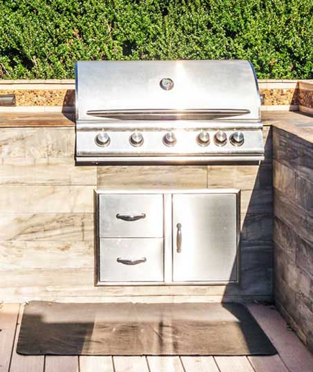 Golden Willow Landscaping Inc. Outdoor Kitchen Services