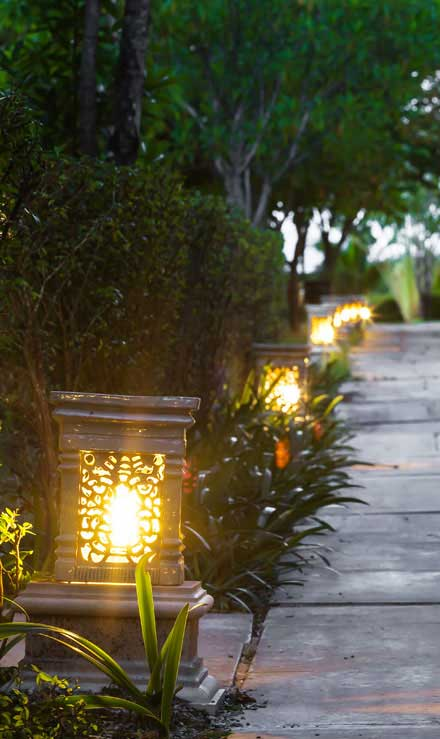 Golden Willow Landscaping Inc. Residential Landscape Lighting